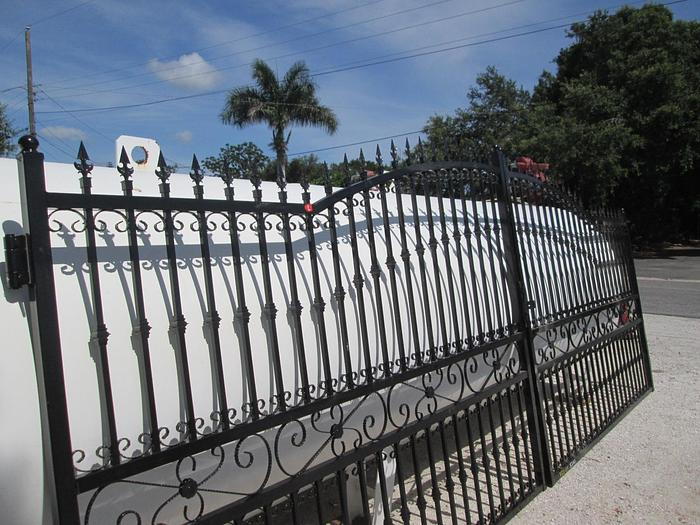 Aluminum Entrance Gates 20'