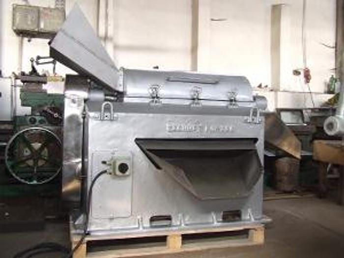 Używane Maszyna do przecierania  owoców