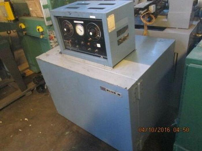 Used BLUE M MODEL C0-250-1 ENVIRONMENTAL CHAMBER / OVEN -73 DEGREES TO +204 DEGREES C