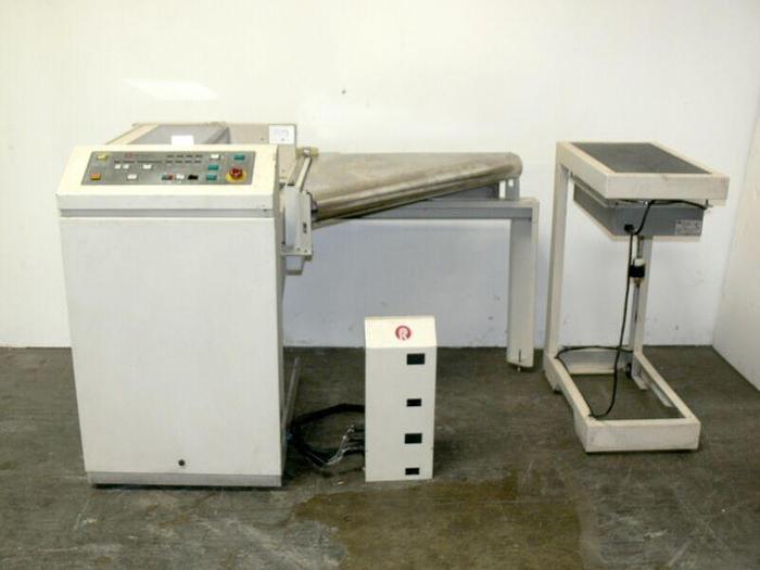 Used Roll Systems Inc, RSI 503176 Cutter w/ 503799 Fan Unit & Bin  Tested Working
