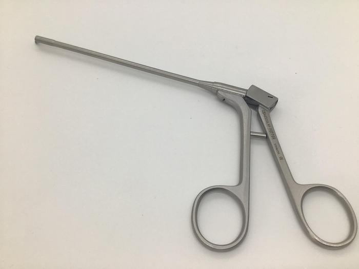 Scissor Arthroscopy 45 Degree Right 3.4mm Jaw, 120mm to Shoulder