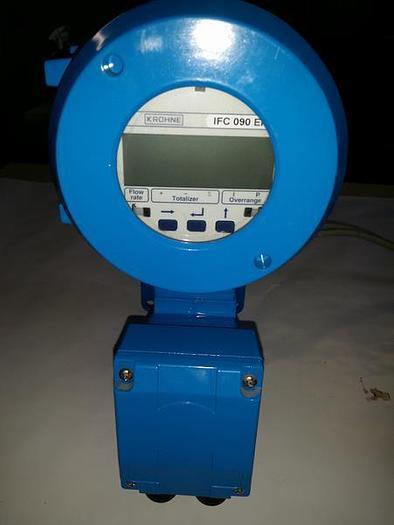 Gebraucht Magnetisch induktiver Messumformer Altometer IFC 090K/D/H/2, Krohne,