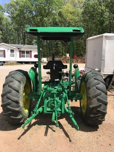 John Deere 2640 Tractor