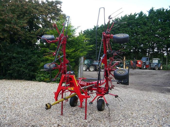 Used JF Stoll Z665 Hydro Tedder