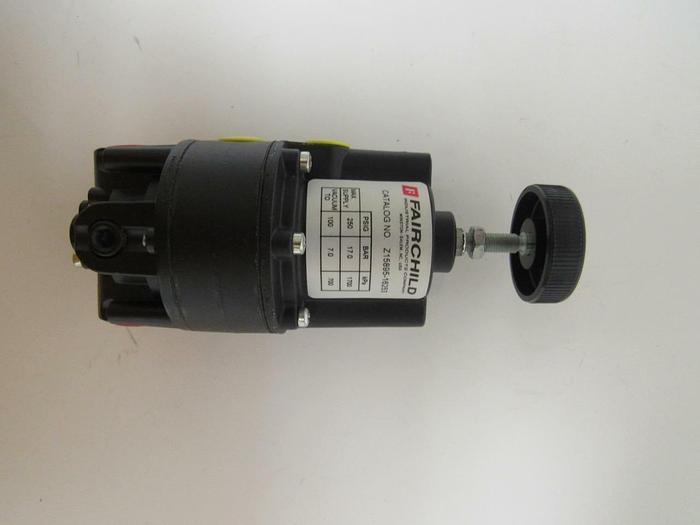 FAIRCHILD INDUSTRIAL Z15895-16253 VACUUM REGULATOR 250PSIG, NEW (3900)