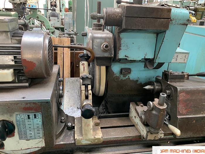 Used TOS BUAJ 28 x 630 Cylindrical Grinder