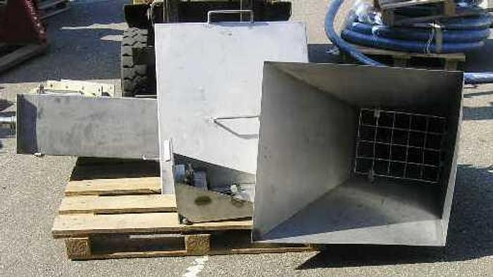 Used Conveyor, stainless steel 2 meter with hopper, 700 x 800 mm. R=190 mm. Outlet dimensions=250 x 250 mm.