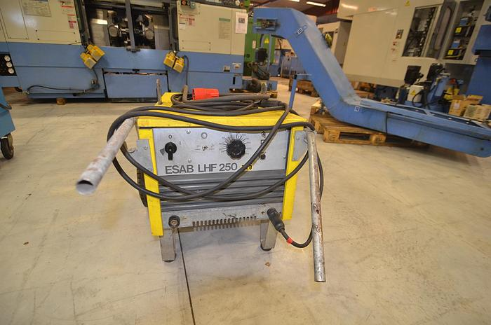Used D49 - WELDING MACHINE - ESAB LHF 250