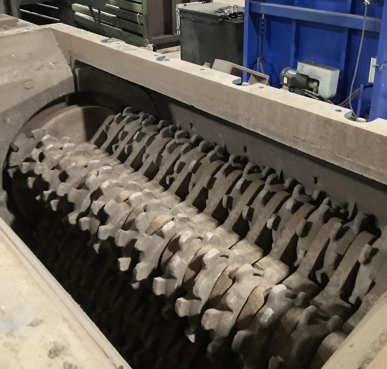 AMERICAN PULVERIZER 6060 TYPE STT ROLLING RING SHREDDER/MILL