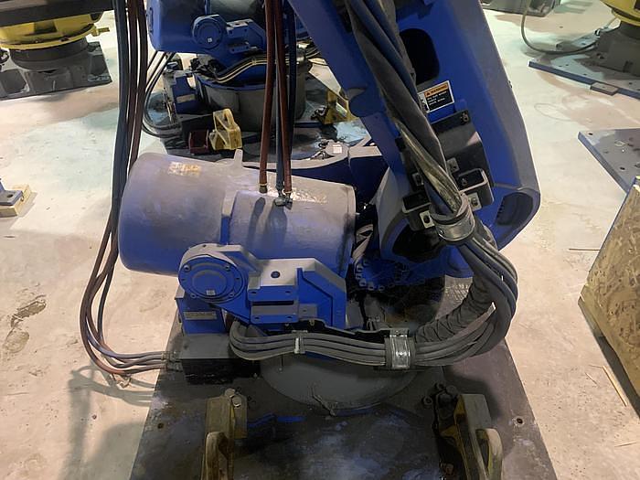 2011 YAKASAWA MOTOMAN ES165D 6 AXIS CNC ROBOT WITH DX100 CONTROLLER
