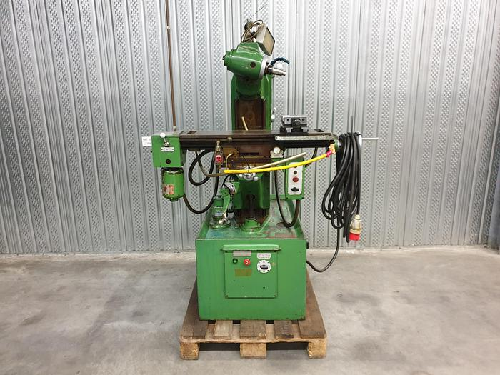 Used Harrison 600 milling machine