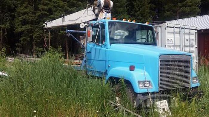 Used 1986 Freightliner N-14 National Crane Truck