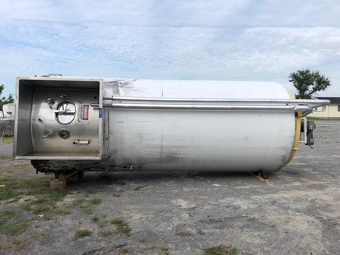 Refurbished 6,000 gallon Cherry Burrell Stainless Steel Refrigerated Vertical Silo Type Storage Tank (#9873)