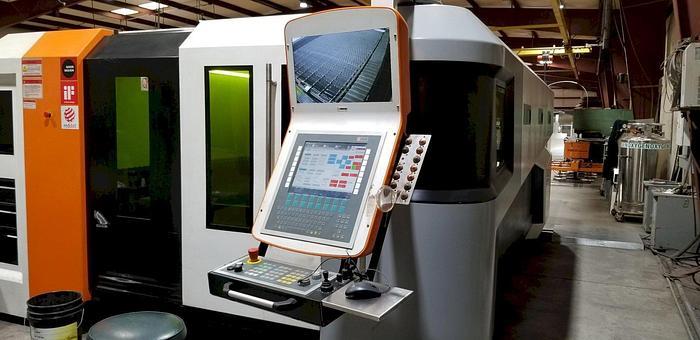 Used 2015 4000 Watt Ermak SM-4000 Fiber Laser
