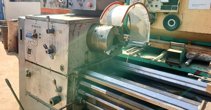 PONAR TUR-50 LATHE MACHINE