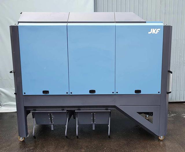 Used 2014 JKF Mobile compact filter JK-MCF 200