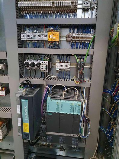 TORNIO PARALLELO A TRE GUIDE INNSE TPFR 90 CNC