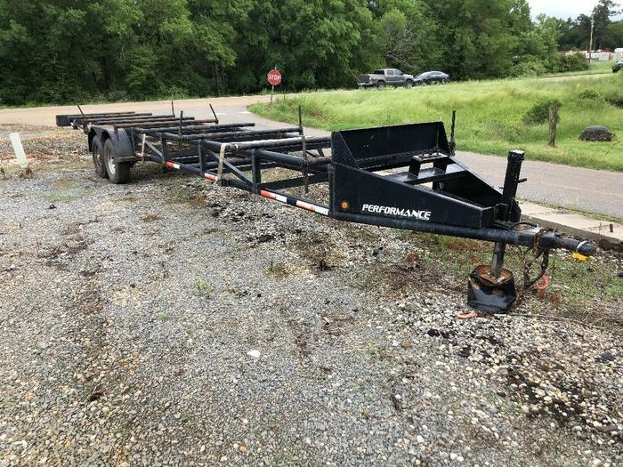 2009 PERFORMANCE TRA PIPE TRAILER