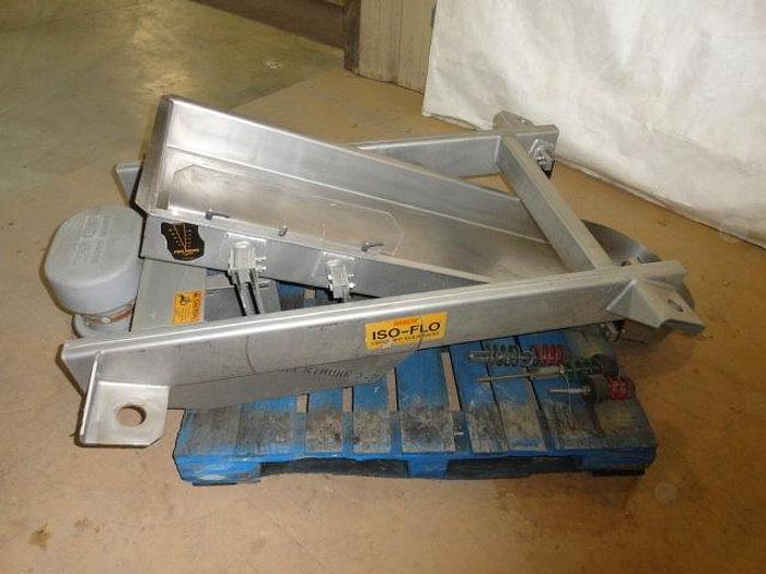 Used Key Technologies Iso-Flo Vibratory Conveyor; Scale feed pan
