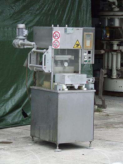 Używane Półautomatyczna, próżniowa zgrzewarka tacek folią G.Mondini