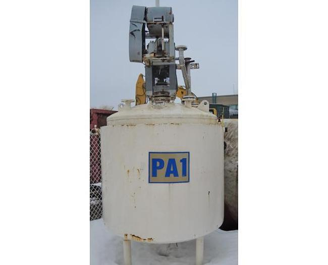 USED 600 GALLON JACKETED TANK, STAINLESS STEEL, WITH 5 HP MIXER