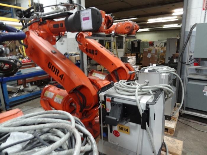 ABB IRB 6640 6 AXIS CNC ROBOT 205KG X 2.75 REACH IRC5