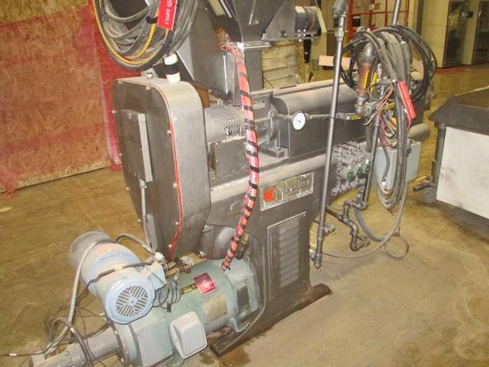 Used 2″ 24/1 L/D PTI single screw Extruder. Model 2000