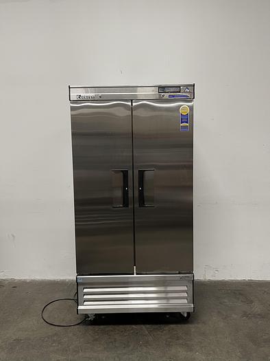 Used Everest EBNR2 Reach-In Refrigerator -30C°,115V