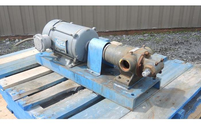 "USED GEAR PUMP, 1.75"" X 1.75"" INLET & OUTLET, CAST IRON"
