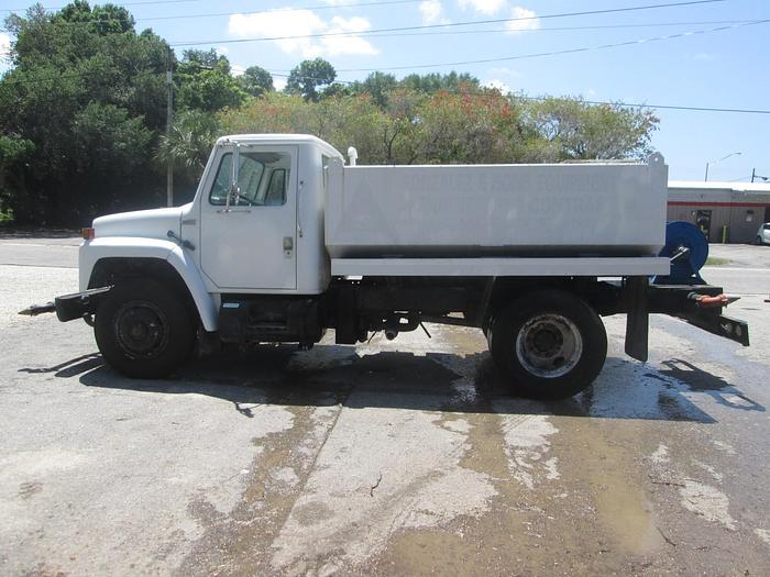 Used 1986 GMC S1700 Water Truck
