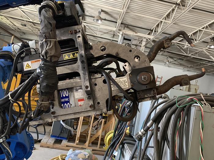 Used YASKAWA MOTOMAN ES165D 6 AXIS CNC ROBOT WITH DX100 CONTROLLER