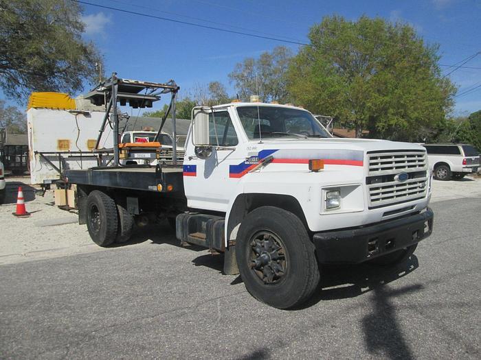 Used 1989 Ford F800 Attenuator Flat Bed Crash Truck