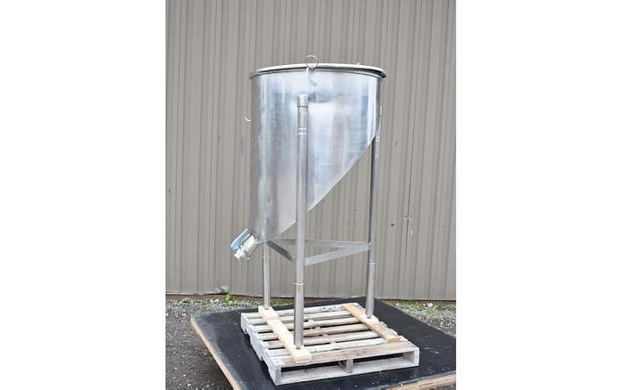 Used USED 120 GALLON TANK, STAINLESS STEEL