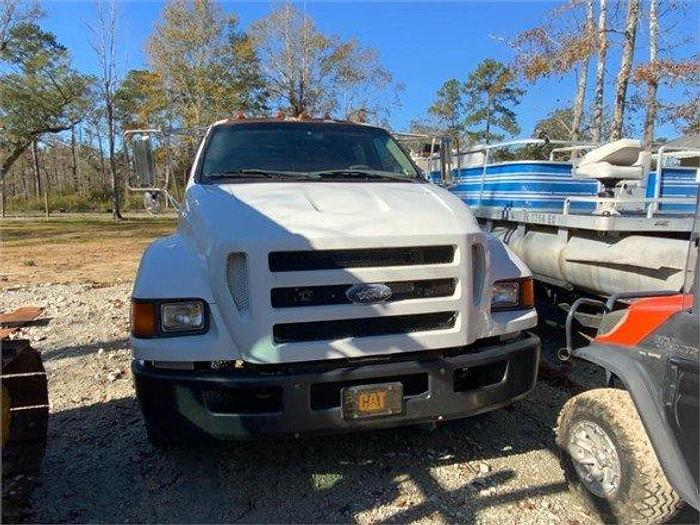 Used 2004 FORD F650