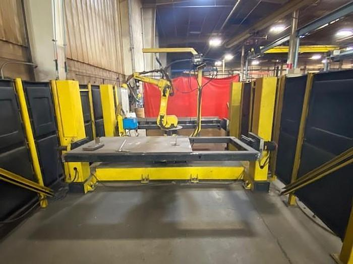 Used FANUC/GENESIS VERSA 2 DUAL TRUNION WELDING CELL WITH FANUC ARCMATE 100iB CONTROLLER