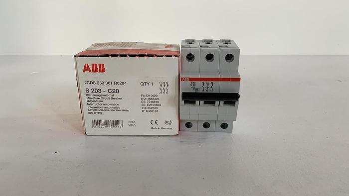 ABB S203-C20