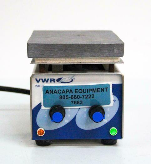 Used VWR Scientific 220 Mini Hotplate Stirrer 33918-603 (7683) W