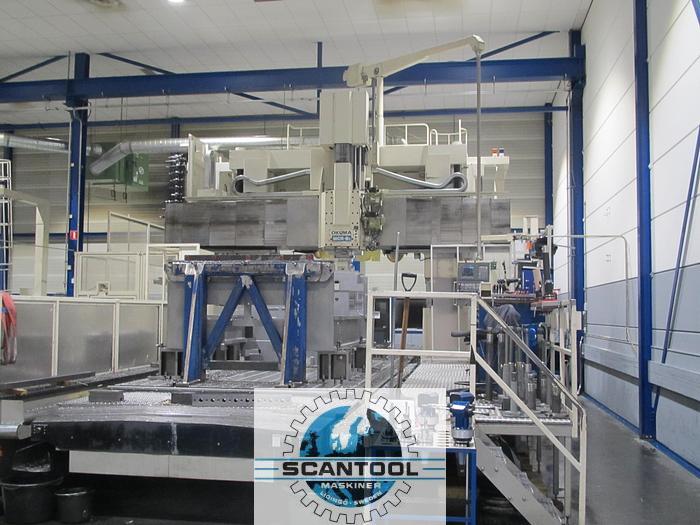 Used OKUMA MCR-BII EA HP30-65, from 2001, portal milling machine